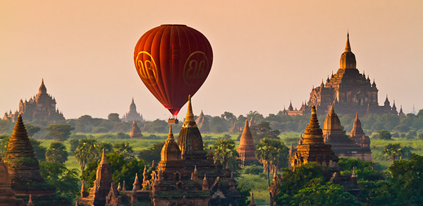 Balloon over Bagan by Felix Hug