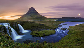Kirkjufell Panorama by Christopher Waddell